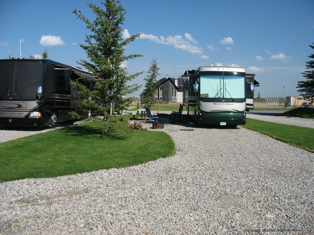 Alberta Campsitescom Campsite Reviews For 50 Amp Service Rv Offering The Total Experience We Are Close To Calgary Kananaskis And Banff Have Full Hook Ups Including 30 Water Sewer